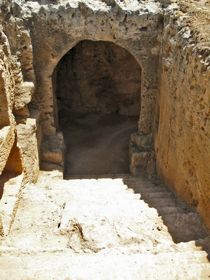 Tombs of the Kings, Paphos, Cyprus #cyprus #island #reisjunk #travel #world #explore www.reisjunk.nl