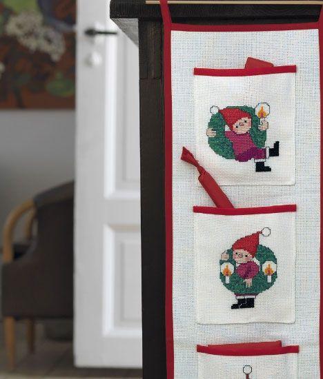 Julebroderi: Adventskalender med nisser og kranse - Hjemmet DK