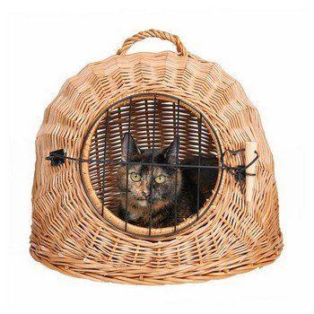 Deze rieten reismand is zeer geschikt voor de grotere kattenrassen, vanwege zijn grote doorgang van maar liefst 50 cm doorsnede.