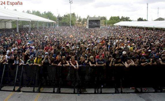 El festival Viña Rock 2017 cierra con más de 200.000 asistentes, a pesar del mal tiempo