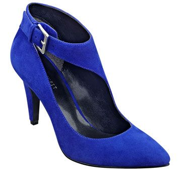 Jump up & down in your blue suede shoes... - PEPPY - Nine West