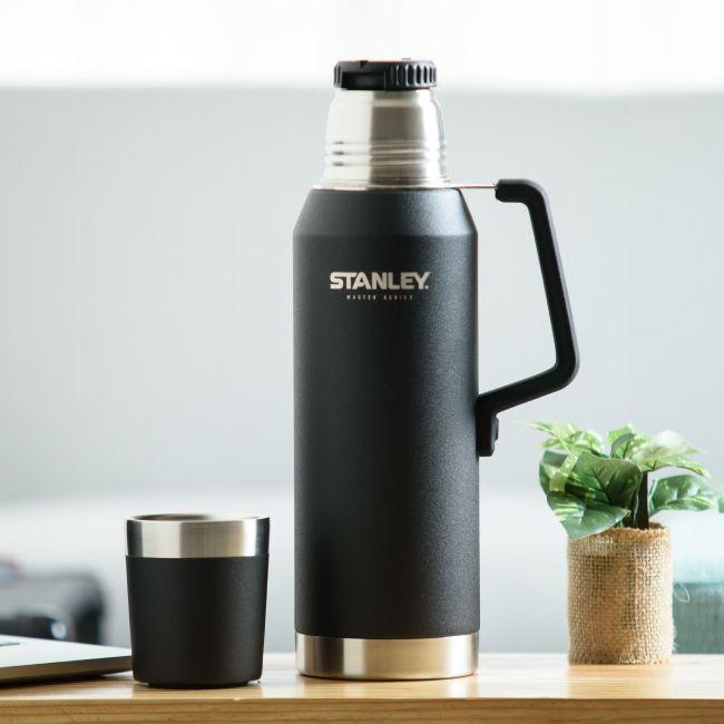 STANLEY(スタンレー)マスター真空ボトル 1.3リットル 真空断熱 ステンレスボトル 水筒 保温 保冷 マットブラック 1300ml