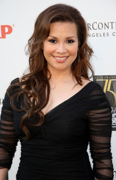Lea Salonga. She is one of my idols! She is incomparable when it comes to playing Eponine. I love Sam Barks, but Lea... <3