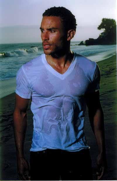 Laz Alonso Shirtless