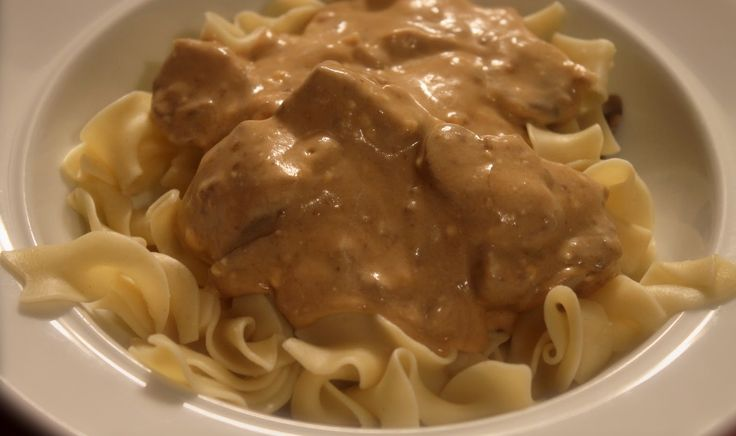 Crock Pot Beef Stroganoff on MyRecipeMagic.com
