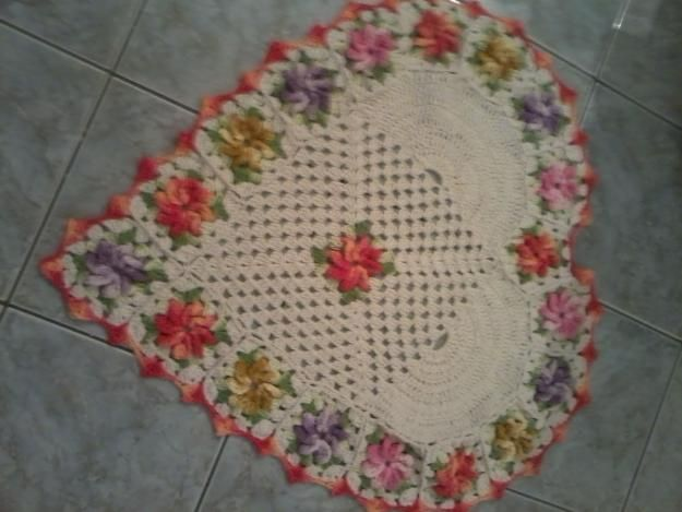 Fotos de  Tapete de crochê coração flores barroco: Coração Flore, De Tapete