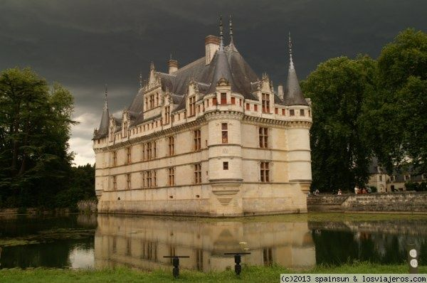 Castillo de Azay-le-Rideau - Valle del Loira - Francia Azay-le-Rideau Castle - Loire valley - France