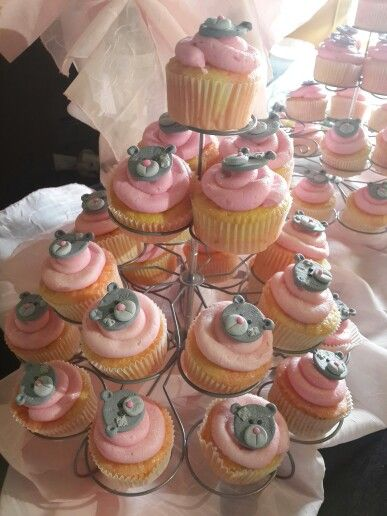 Baby girl tatty teddy cupcakes