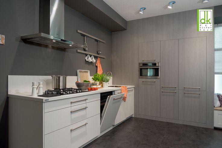 Einbauküche in LForm mit Gaskochfeld (mit Bildern