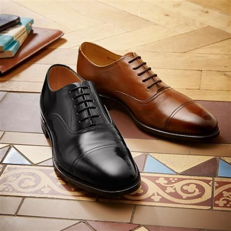 Brown Carlton toe cap Oxford shoes