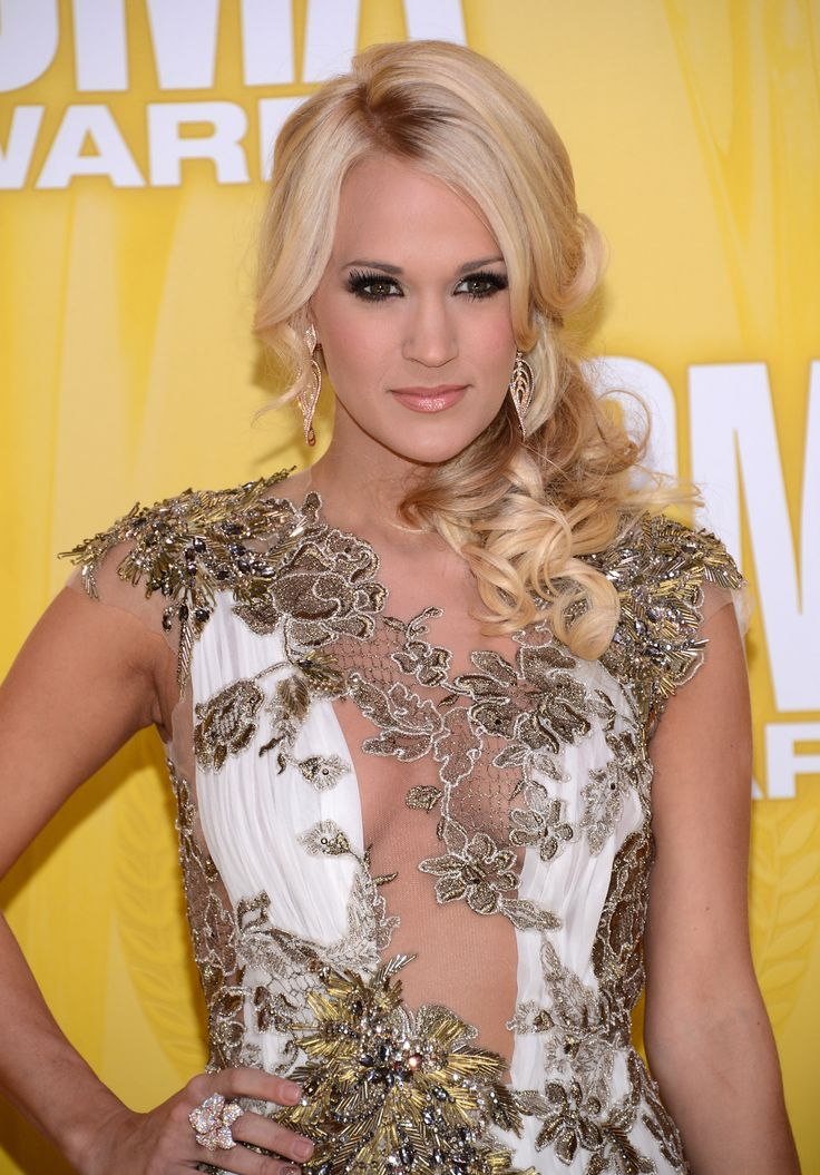 Carrie Underwood cleavage at the CMA's