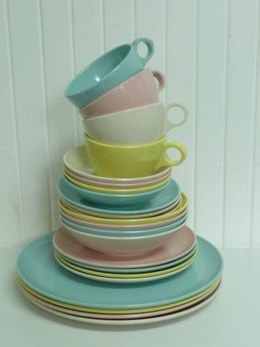 NICE MATCHING Melmac SET Vintage Windsor Melamine 24 Piece Set, Plates, Bowls, Cups, Saucers, Pastel Colors Blue, White, Yellow, Pink $65