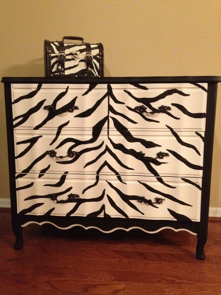 an idea for painting a dresser