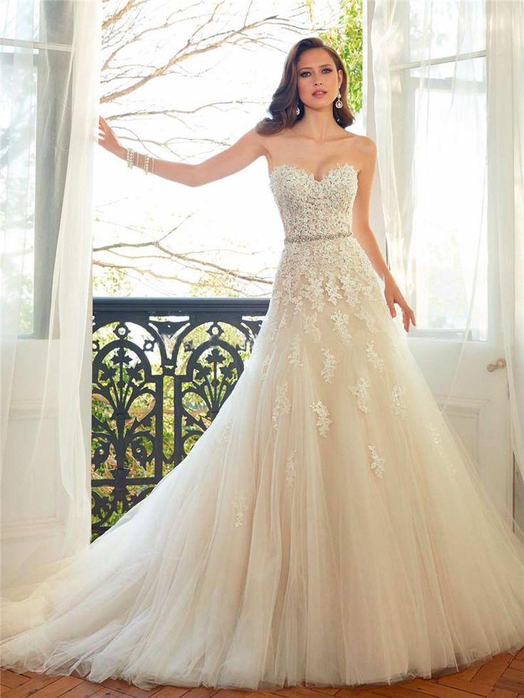 Die 200+ besten Bilder zu wedding dresses idea von Flora auf ...