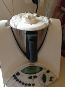 Pavlova in the Thermomix... wonder if it'll actually turn out like this!