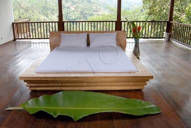 бамбуковая кровать в японском интерьере