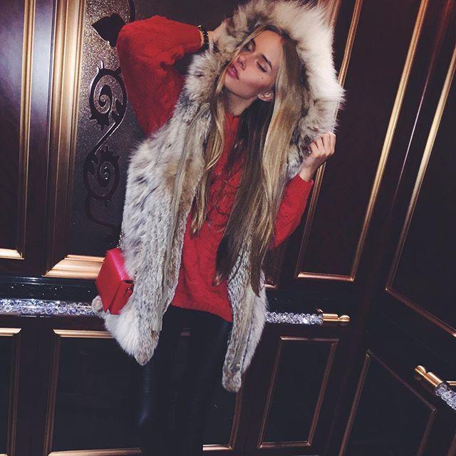 """Забежала на минутку на вечеринку в честь дня рождения одного макфреша @pavel_b0ris0v "" Photo taken by @mashatert on Instagram, pinned via the InstaPin iOS App! http://www.instapinapp.com (10/17/2015)"