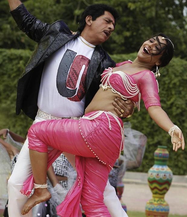 """""""The Dirty Picture"""" (Vidya Balan & Naseeruddin Shah)"""