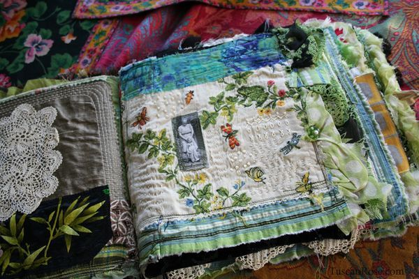 Fabric journal tuscan rose I see so many stitch/fabric journals. If I had more time . . .