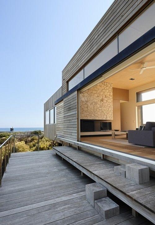 .modern beach house