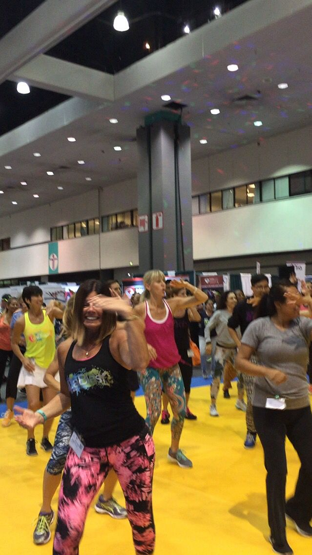"#lablastdisco great workout for cardio and those ""chic fillets"" #dance #fitness"