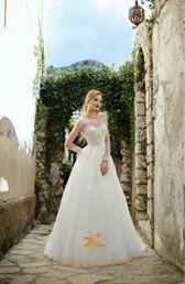 VICTORIA SOPRANO  #victoriasoprano #katherinajoyce #vscapri🍋 #newcollection #collection2017 #weddingdress#smiles #ceremony #свадьба #инстасвадьба #медовыймесяц #скоросвадьба #будущаяневеста #скороневеста #bride #невеста