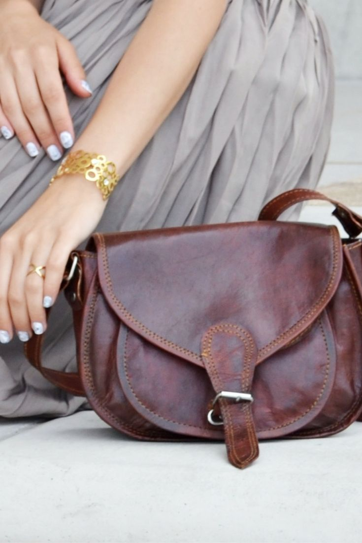 The Handbag Romy Suits Airy Summer And Walks On Beach Just As