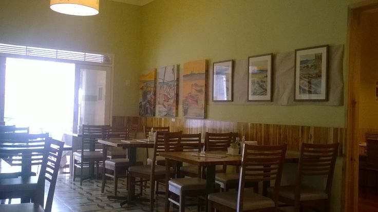 Restaurante Dom Salada em Petrópolis. Um lugar agradável com proprietários gentis, preços honestos e comida maravilhosa.