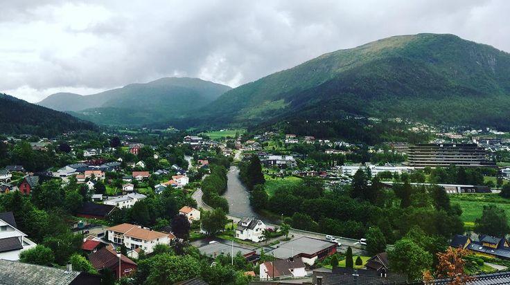 My new view. Could be worse...  . . . #nature #view #sognogfjordane #fwis #forde #sognogfjordaneibilde #førde #fwisfeed #fromwhereistand #nrksf #visitnorway #norway #mittnorge #amazing #mountains #clouds #mittvestland #ilovenorway #vestland #norwegiannature #landscape_captures #instagood #livingroomviews #livingroomview #livingroom
