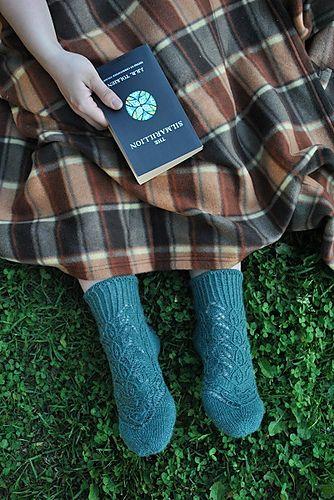 Elven socks http://images4-d.ravelrycache.com/uploads/ekaterina-kap/232226524/1_medium.JPG