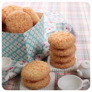 Biscoitinho de Coco - Receitas de Biscoito - I COULD KILL FOR DESSERT: Cookie, Desserts, Dessert