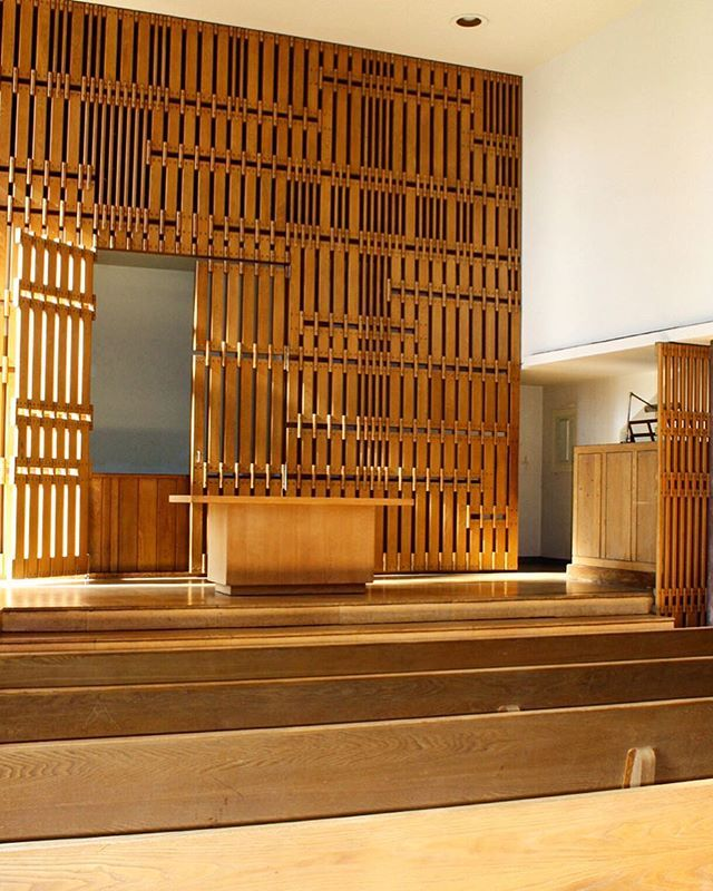 Claasshaus Instagram Still Sorting Through All Of My Photographs From Columbus Here S The Chapel At First Christian Church By Eliel Saarine In 2019 Wood Architecture Columbus Indiana Garage Doors