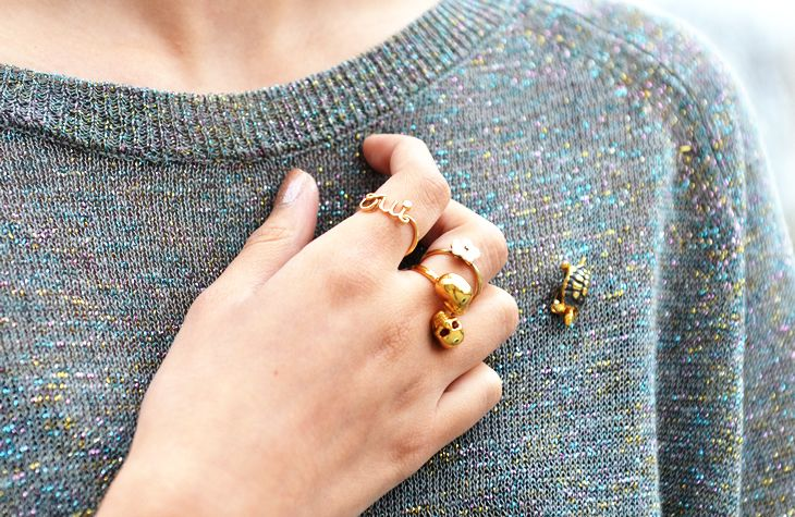 JAK & JIL    i want this 'oui' ring!: Stackable Rings, Statement Rings, Alexander Mcqueen, Delicate Rings, Christian Dior, Gold Rings, Skull Rings, Accessories, Turtle