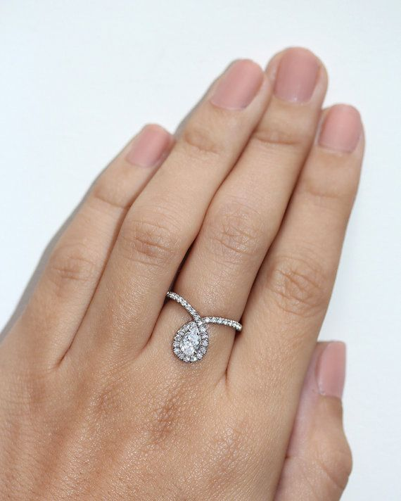 ♥ Beautiful feminine and delicate look, handmade and custom made from 14K solid gold. ♥ Center diamond is 0.5ct ct VS-SI, F- H, conflict