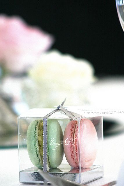 pistachio and rose water macarons