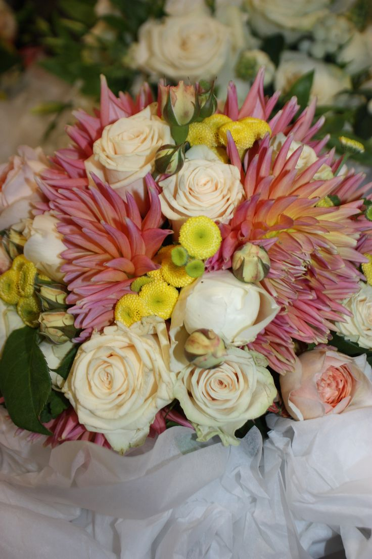 The textures and colors of this bouquet create such a warm and elegant look for any wedding!  #weddings #melbourneweddings #weddingdecor #events #melbourneevents #bouquets #florals #flowers #beautiful #pretty #decor #weddinginspiration #weddingbouquets #bridebouquet #floralarrangements #flowerarrangements #flowerdesigns #floraldesigns www.decorit.com.au (7)