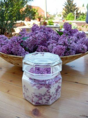 Lilac fragranced sugar: Just make layers with lilacs and sugar, close the jar tightly, shake well and after 2 or 3 days, sift sugar and enjoy!