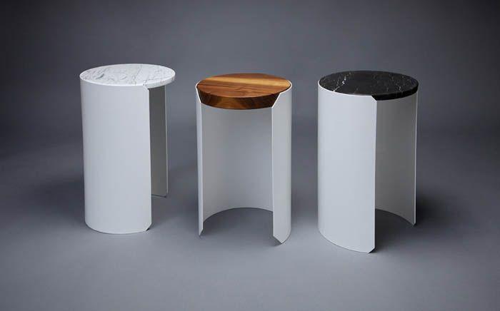 Столик со съемной столешницей: 3 варианта роскошной мебели  Дерево или мрамор? Темная или светлая столешница? Больше можно не мучать себя такими вопросами, выбирая эффектный журнальный столик для гостиной.  В продажу поступили модели с тремя сменными столешницами – теперь нужную текстуру можно просто докупить.    дизайн, стол, дерево, мрамор