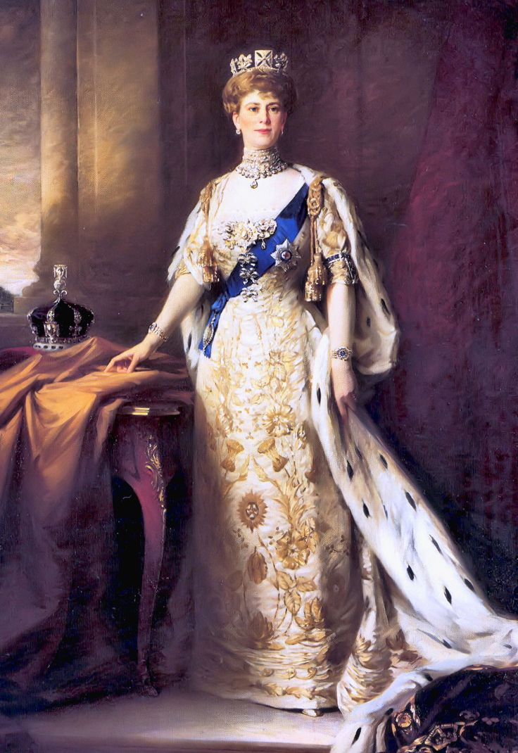 1911 Queen Mary coronation portrait by Sir William Llewellyn (Royal Collection)