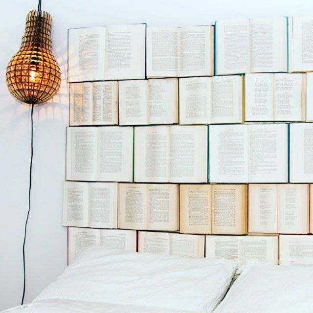 Decorating with books // Kitaplarla dekorasyon #decor #decoration #dekorasyon #book #books #kitap #bed #yatak #design #diy #mood #moody #home #homesweethome #ev #look #instamood #instagood #light #tasarım #ucuz #idea #bedroom #yatakodası by moody_homes