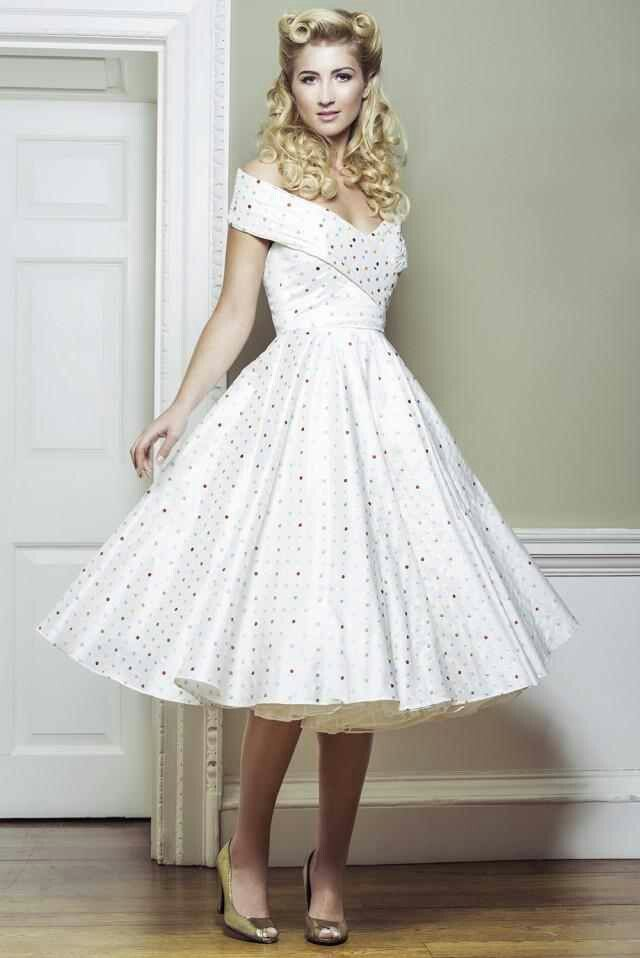 5338 best images about petticoats polka dots and picnics for Petticoat under wedding dress