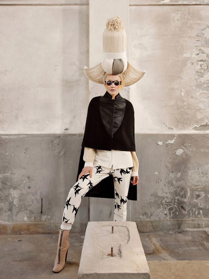 The Libertine Magazine.'Woman in Folk Painting'. Lee Hye Jung By Koo Bohn Chang For Vogue Korea. January 2013.6