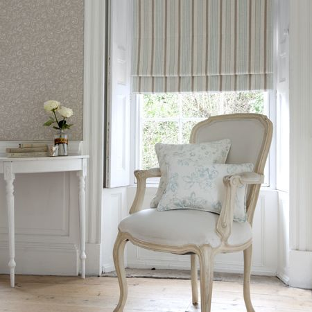 Clarisse Fabric collection from Clarke & Clarke roman blind #romanblinds #clarkeandclarke