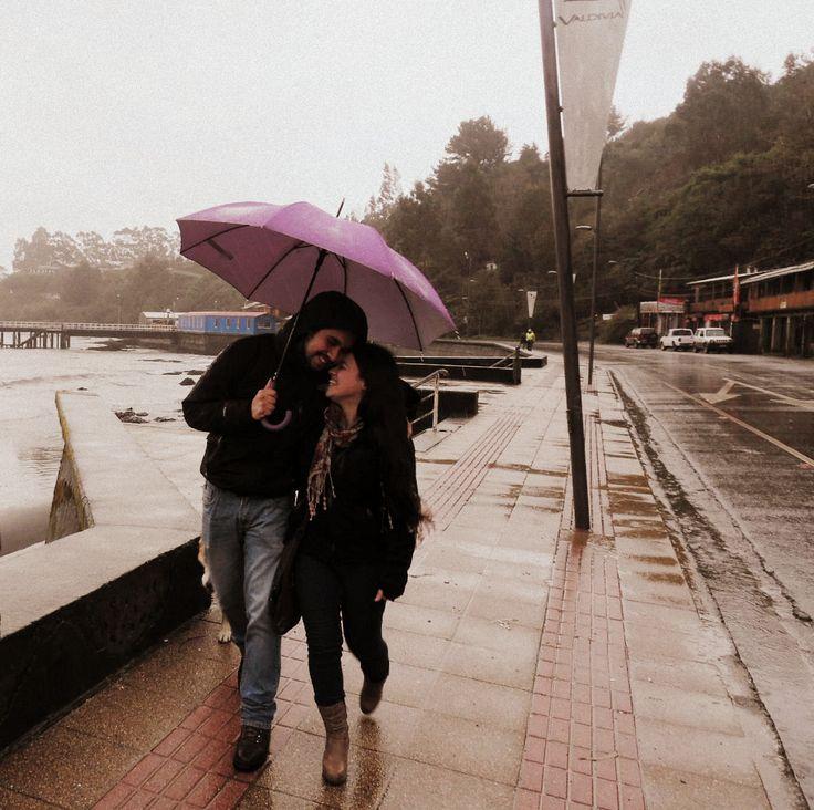 Paseando bajo la lluvia de Valdivia <3