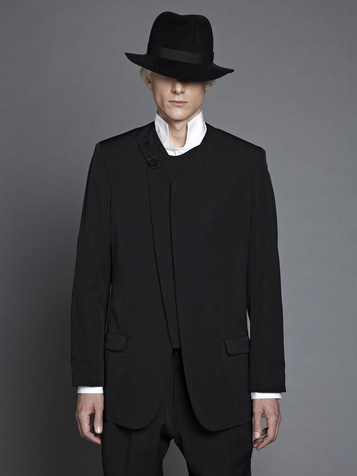 Yohji Yamamoto / Wool gaberdine collarless tab jacket