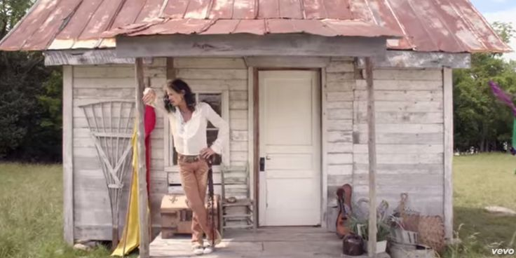 Steven Tyler's New Country Song With Off The Grid, Gypsy, Hippie Music Video Goes Viral