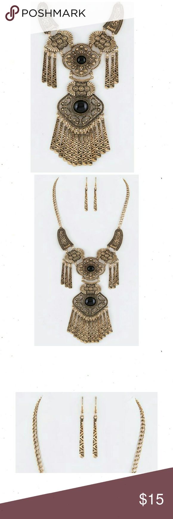 """Boho Fringe Bars Necklace Set Antique Gold plated boho statement necklace and earring set with fringe bar accent.  Necklace L 18"""" with extension Earrings 2.4"""" Drop style Nickel and Lead compliant. NWT BohoBeauRoseBoutique Jewelry Necklaces"""