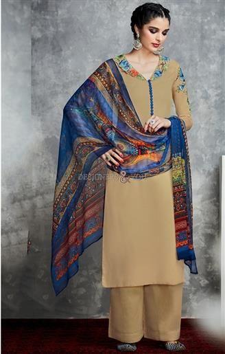 Fine-Looking Dazzling Punjabi Designer Suits Model For Girls Online Visit: http://www.designersandyou.com/dresses/punjabi-suits #Punjabi Style #Punjabi Dress #Embroidered #Attractive #Punjabi Trends #Modern Wear #Beautiful #Latest Salwars #Designer #Collection #PunjabiDressOnline