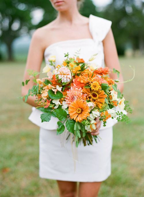 7 Inexpensive (and Pretty) Flowers to Use in Your Wedding Bouquet