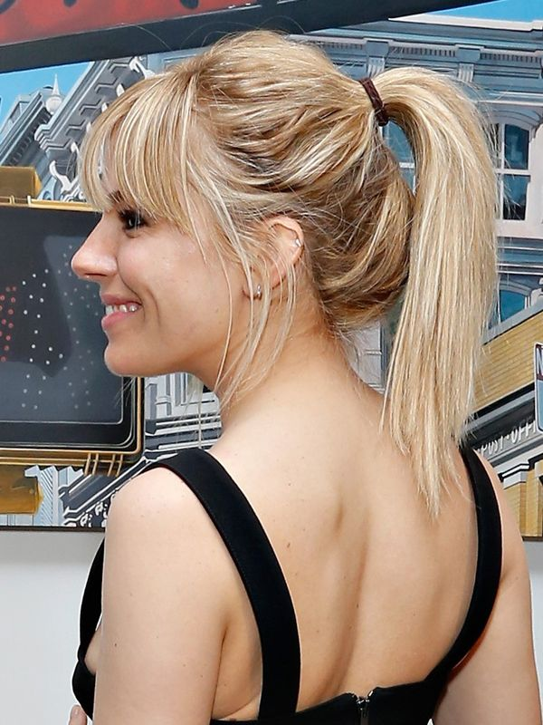 Sienna Miller's high ponytail http://beautyeditor.ca/2013/06/06/sienna-millers-gonna-make-you-fall-in-love-with-the-high-ponytail/